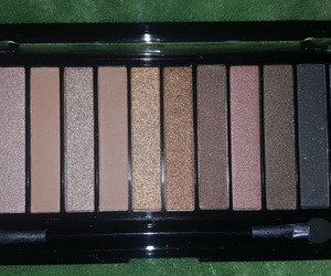 makeup, palette, and pretty image