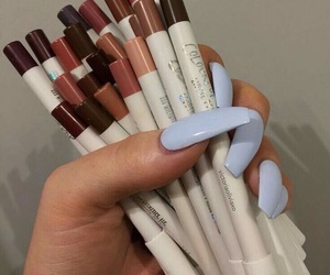 makeup and nails image