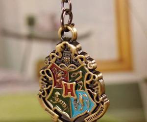 harry potter, hogwarts, and necklace image