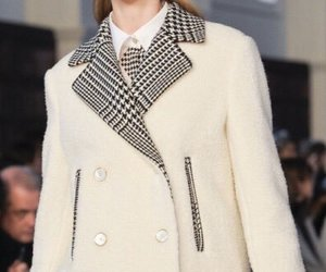 coat and ️houndstooth image