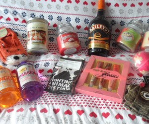 gifts, yankee candle, and gift ideas image