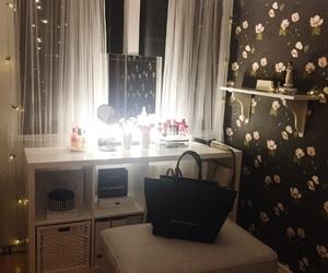 bedroom, cozy, and handbag image