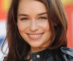 actress, emiliaclarke, and cute image