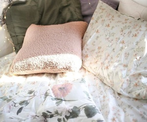 bedding, floral, and flowers image