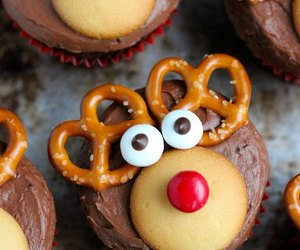 cupcake, food, and reindeer image