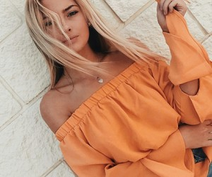 accessories, beauty, and blonde image