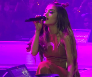 fans, show, and ariana image