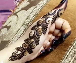 Mehndi In Hands : 316 images about mehndi hands😘✋👍💜 on we heart it see more