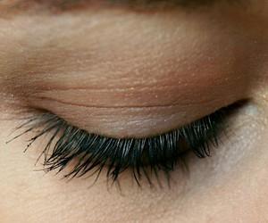 eye, eyes, and eyelashes image