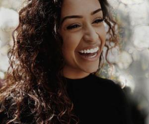 liza koshy, Liza, and smile image