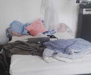 Bett, relax, and chillen image