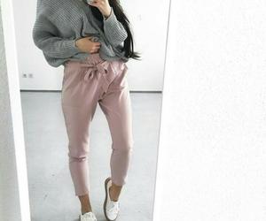 fashion, sweatshirt, and tumblr image