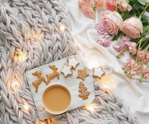 christmas, coffee, and flowers image
