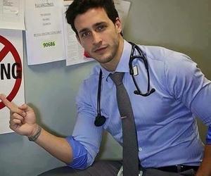 médico, joven, and salud image