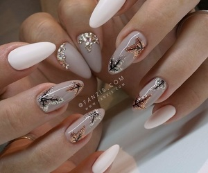 nails and fall image