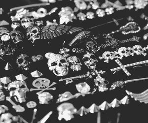 black and white, skull, and accessories image