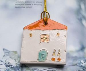 gift wrapping, gifts, and gift tag image