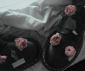 accessories, flowers, and pastel image