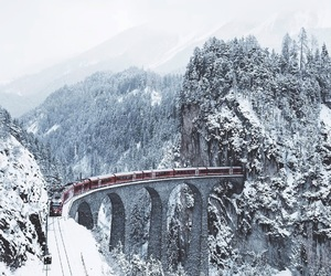 train and winter image