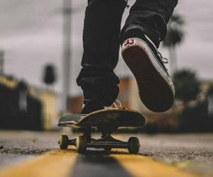 aesthetic, grunge, and skateboard image