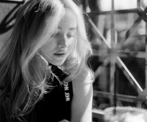 black and white, girl, and sabrina carpenter image