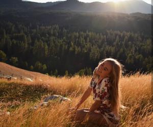 girl, sun, and warm image