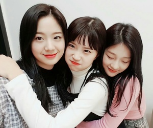 idol school and fromis image