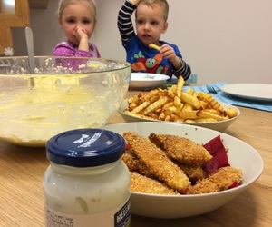 Chicken, aupair, and diner image