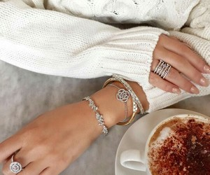 accessories, fashion, and hands image