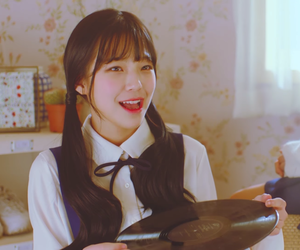 jiheon and fromis image