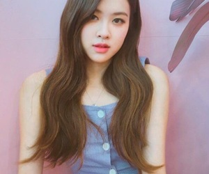 asian, chaeyoung, and beautiful image