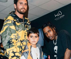 scott disick, mason disick, and friendz image