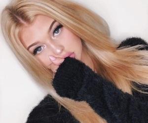 loren gray and makeup image