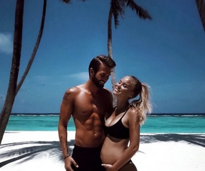 couple, beach, and pregnant image