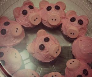 cupcake, cupcakes, and dessert image