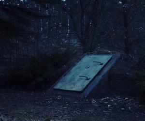 dark and netflix image