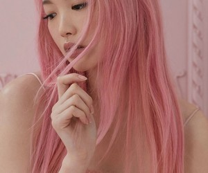 colored hair, fernanda ly, and fringe image