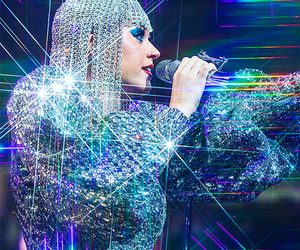 katy perry, glitters, and performance image