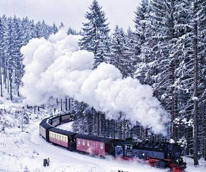 hogwarts express and snow image