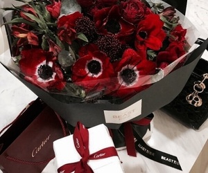 flowers and cartier image