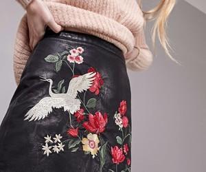 flores, falda, and cuero image
