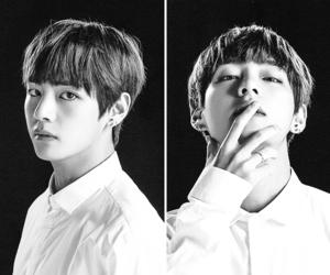 b&w, taehyung, and black and white image