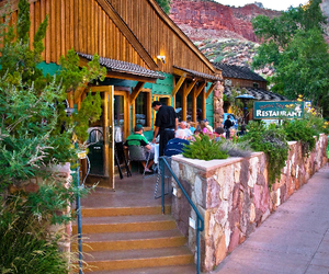 hotels zion national park image