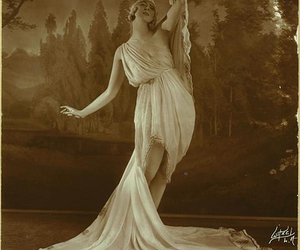 1910s, dancer, and gorgeous image