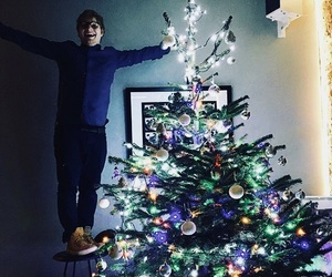 christmas, christmas tree, and ed sheeran image