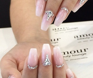 nails and perfect image