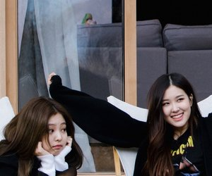 rose, roseanne, and jennie image