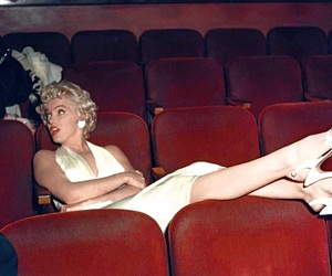 Marilyn Monroe, vintage, and red image