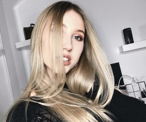 beuty, blonde, and earrings image