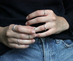 rings, grunge, and pale image